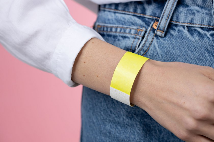 Plain Coloured Wristband Neon-Yellow